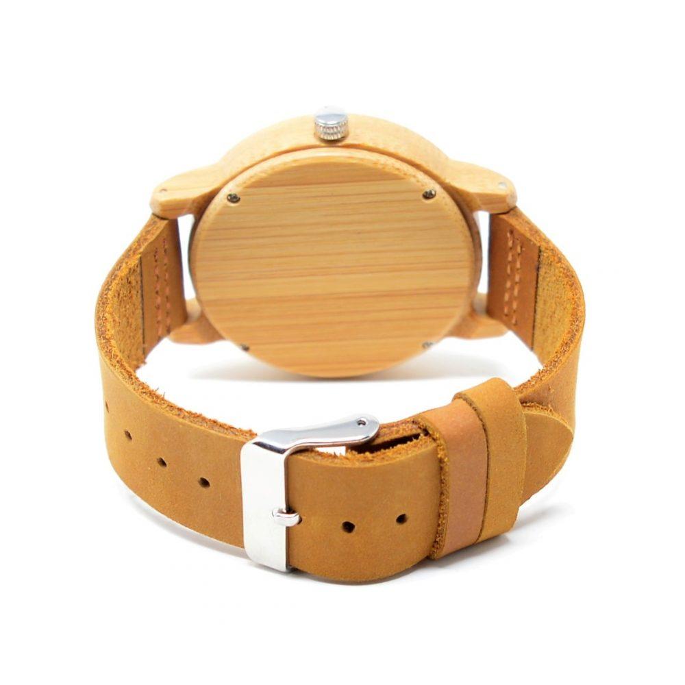 Reloj de madera Hjorte