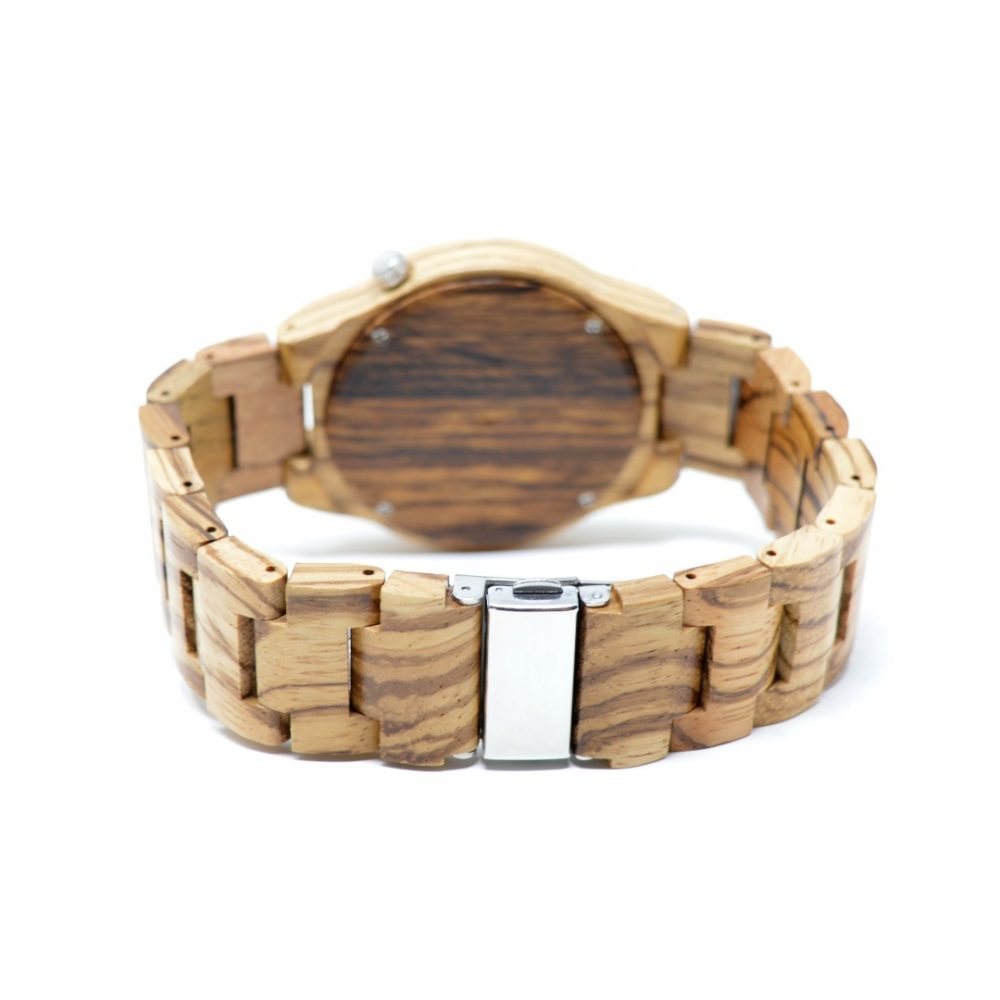 reloj de madera gaman
