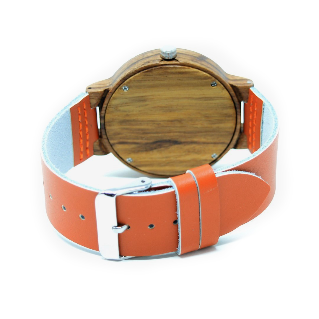 reloj de madera amaterasu